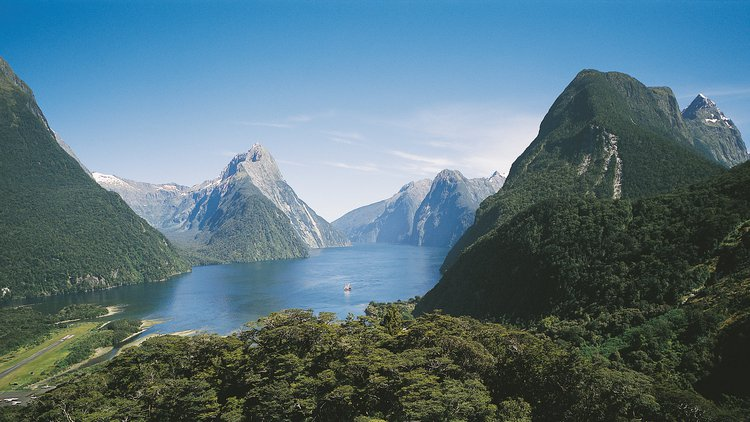Milford Sound, famous for its majestic fiords and waterfalls