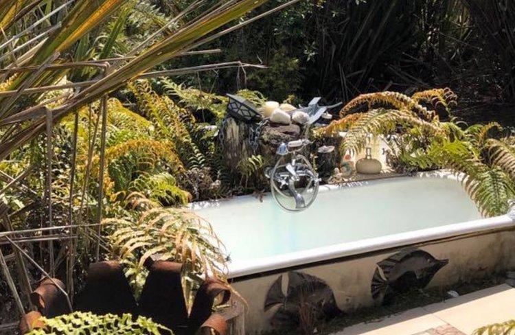 Alison Gyax outdoor bath.JPG