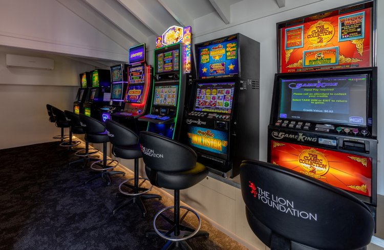 Beachfront Hotel Hokitika gambling.jpg