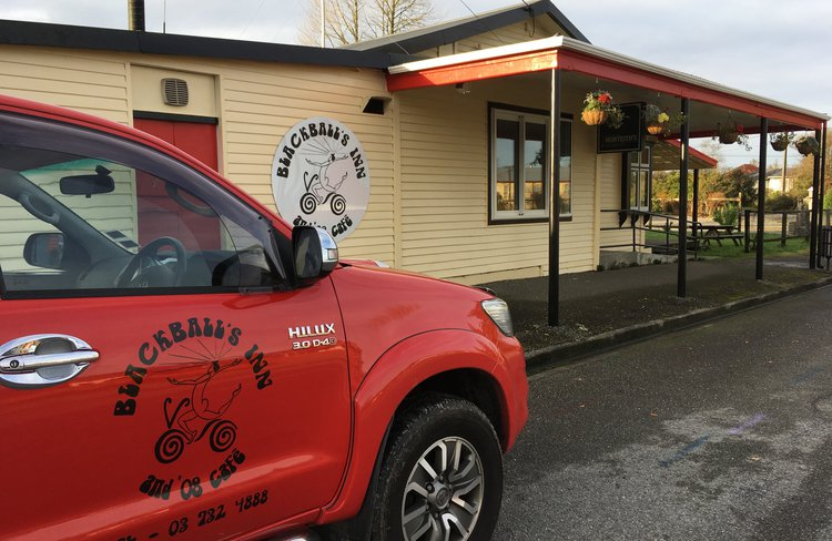 Blackball's Inn & '08 Cafe 1.jpg