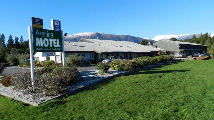 Aspiring Court Motel and Haast Lodge & Motorpark