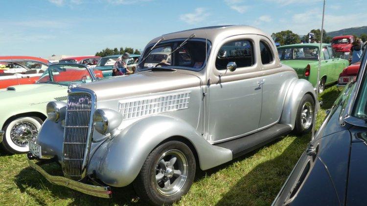 FJ Classic Car show.JPG