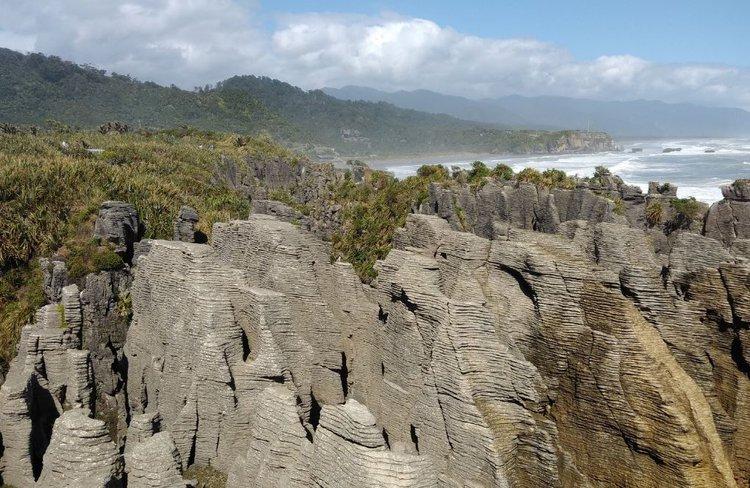 Hokitika Scenic Tours - Pancake Rocks & Blowholes