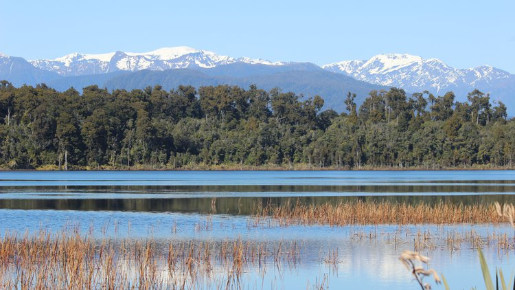 Lake Mahinapua 1.JPG