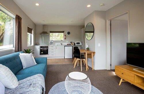 One-Bedroom-Cabin-1.jpg