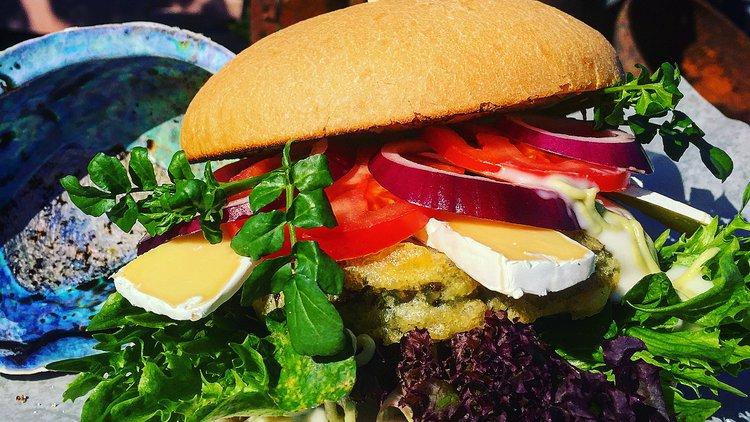 Paua & White Pudding Burger.jpg