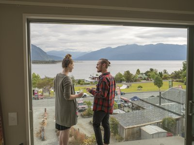 Lake Brunner Hotel - TWC LB-5144