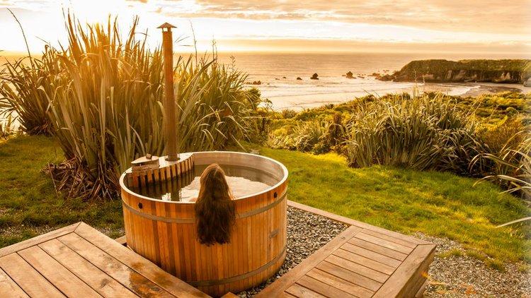 Woodpecker Hut outside Hot Tub.JPG