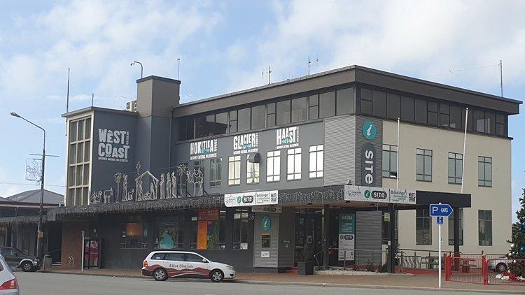 Hokitika i-SITE exterior