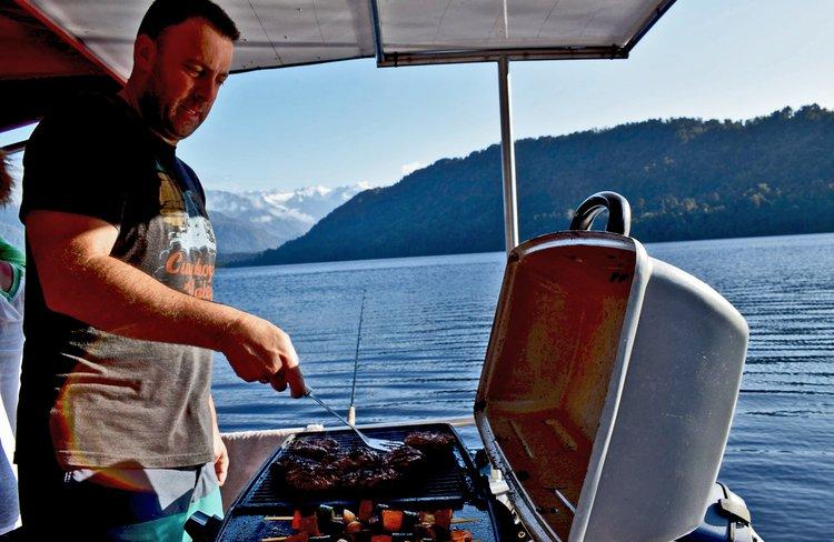 Fish cruise & BBQ
