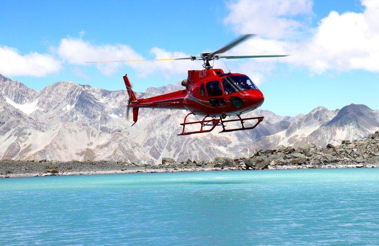 Precision helicopters Hokitika, thumbs up lake.