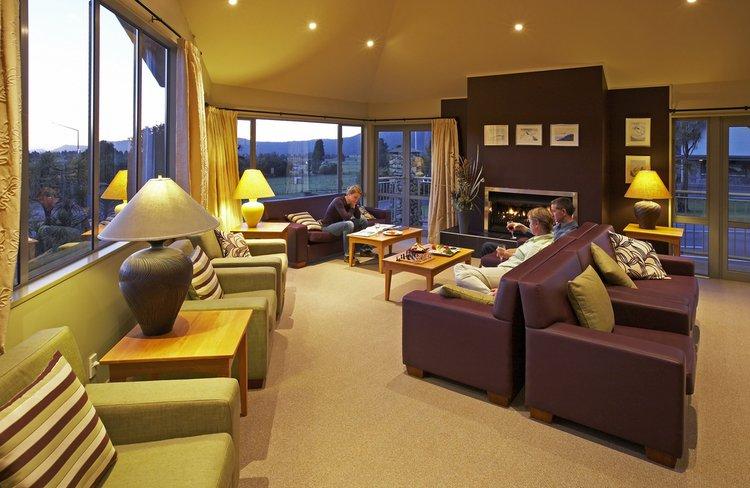Distinction Hotel Fox Glacier Guest Lounge