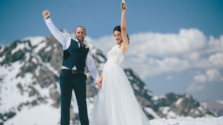 Snow Weddings in New Zealand.