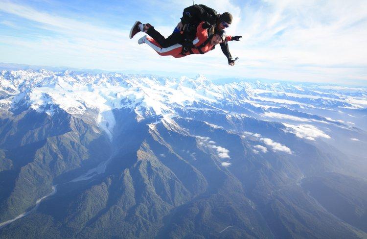 NZ's highest tandem skydive 20,000ft at Skydive Franz