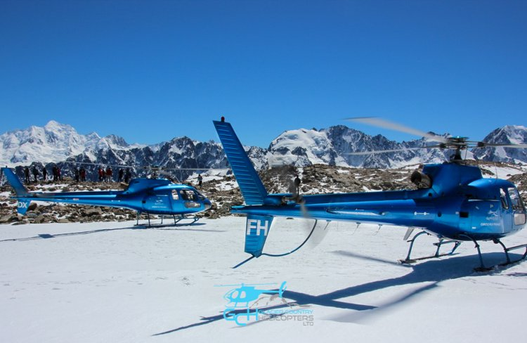 Glacier Country Helicopters - Squirrels in the snow