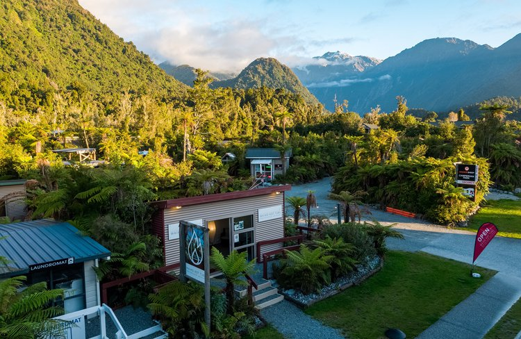 Heading to Franz Josef? Soak up the soothing comfort of fresh, warm water in a private wood-fired tub.